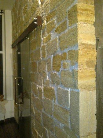 Стены из ракушника