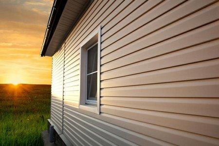 Обшивка дома как выбрать стеновой материал?