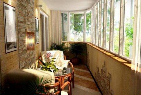 Как самостоятельно обустроить внутреннее пространство балкона