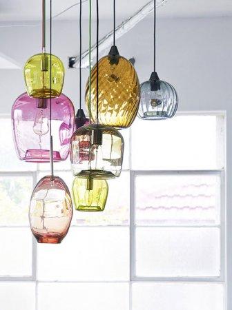 Цветные подвесные люстры
