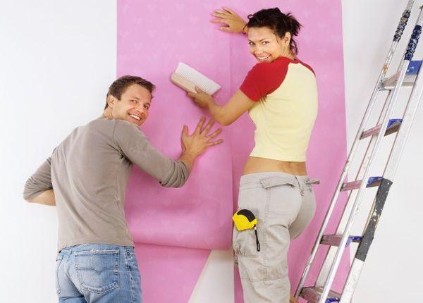 Клеим обои. Подготовка стен и подбор материала