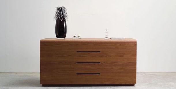 Низкий шкаф Nida по дизайну Manzoni & Tapinassi, La Falegnami.